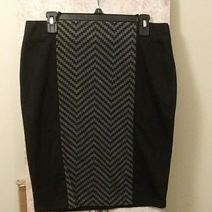 Ladies size large body con skirt